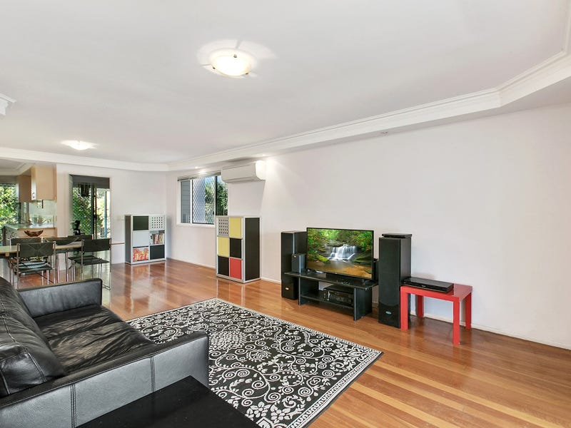 1/32 Orealla Crescent, Sunrise Beach