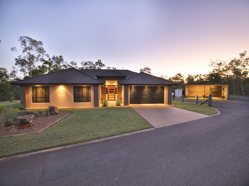 92 Sully Dowdings Road, Pine Creek, Qld 4670