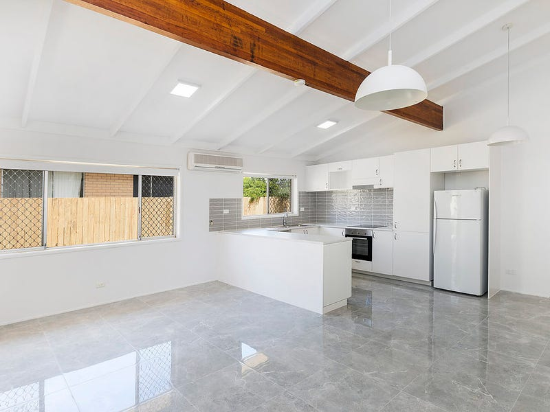 1/11 Muscovey Avenue, Paradise Point
