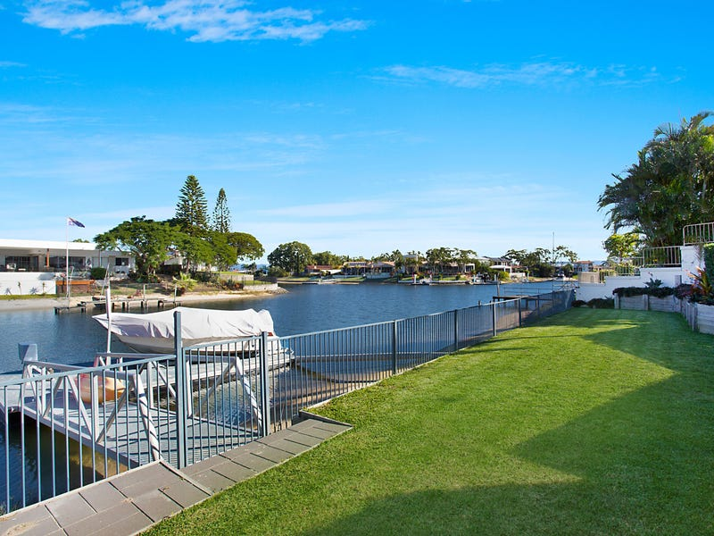 12 Welby Street, Broadbeach Waters