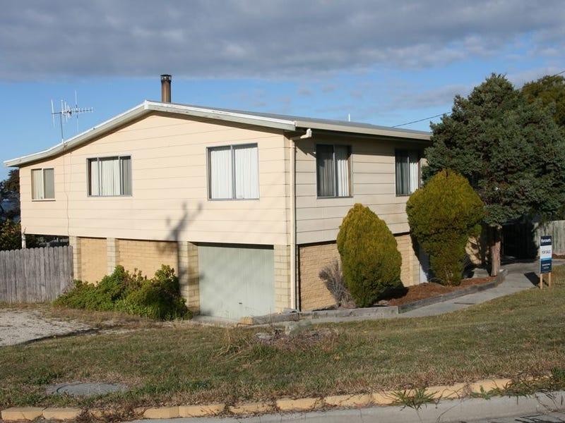 1 George Street, Scamander, Tas 7215