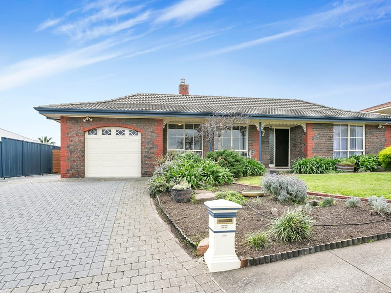 200 Perry Barr, Hallett Cove