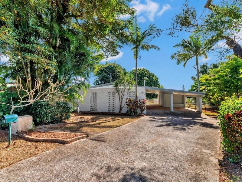 18 Scenic Street, Bayview Heights