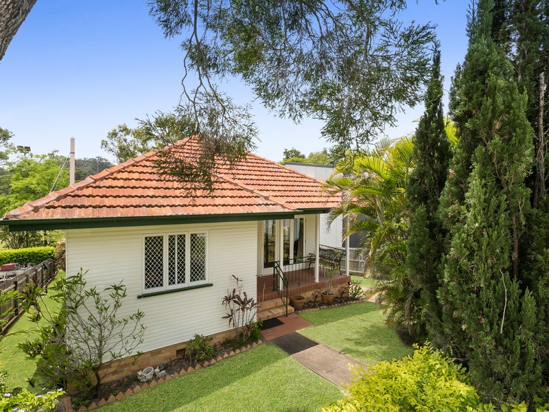 17 Boundary Road, Indooroopilly, Qld 4068