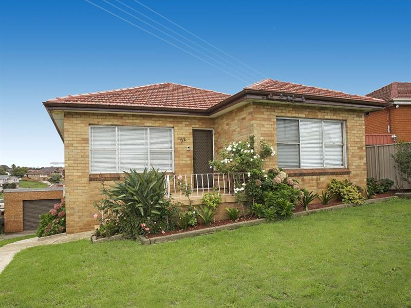 52 Minnegang St Warrawong Nsw 2502 Property Details