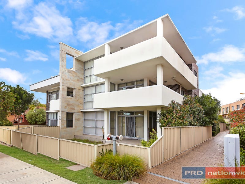 301/145 Woniora Road, South Hurstville