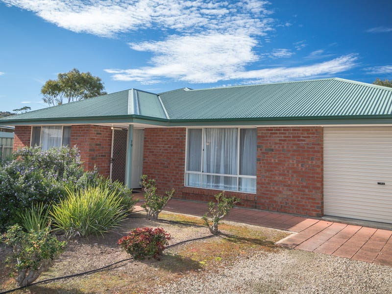 19 Katherine Drive, Normanville