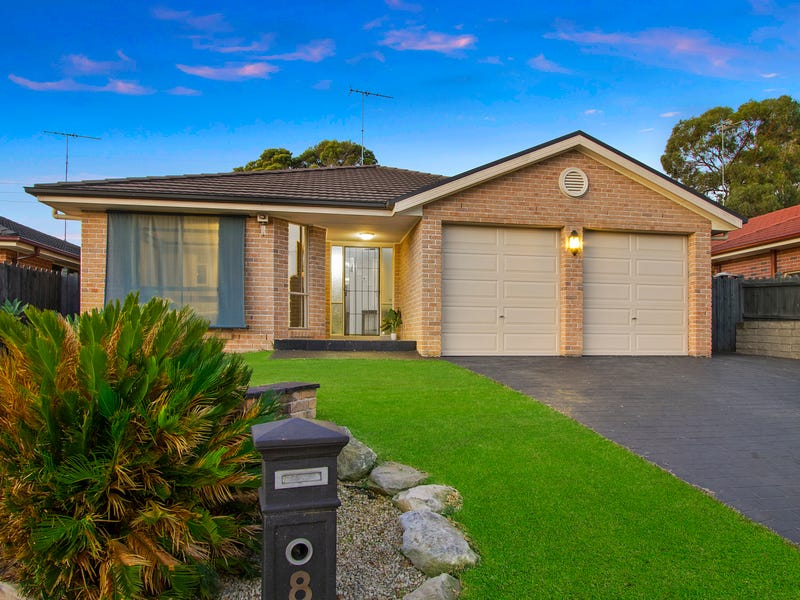 8 Forest Place, South Windsor
