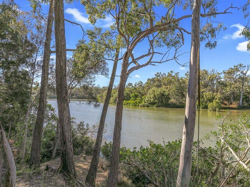 254 Pacific Haven Circuit, Pacific Haven, Qld 4659