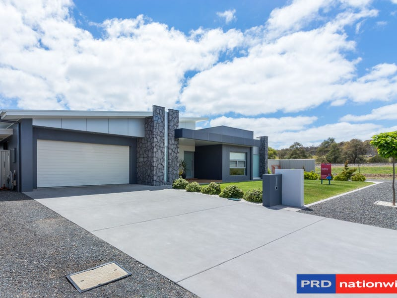 21 Hereford St Bungendore Nsw 2621 Property Details