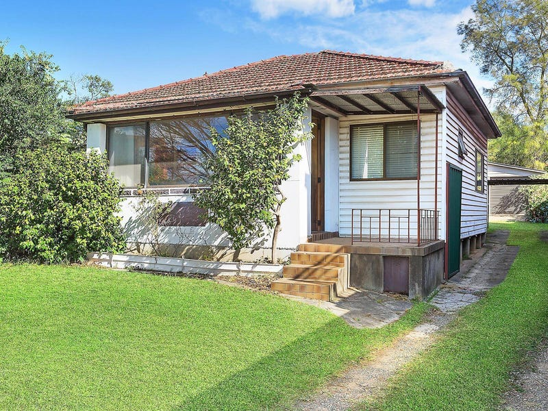 11 Gibson Avenue, Padstow