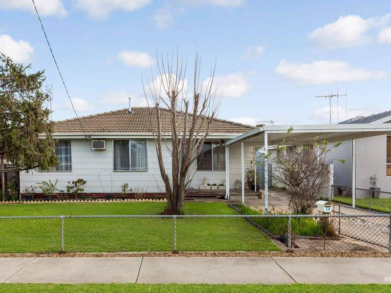 28 Helm Street, Kangaroo Flat, Vic 3555