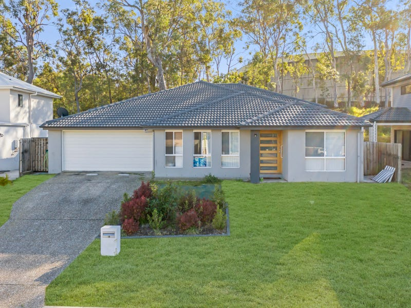 38 Hill End Avenue, Hillcrest, Qld 4118