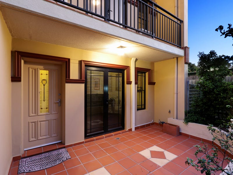 8/17 Newman Street, Mortdale