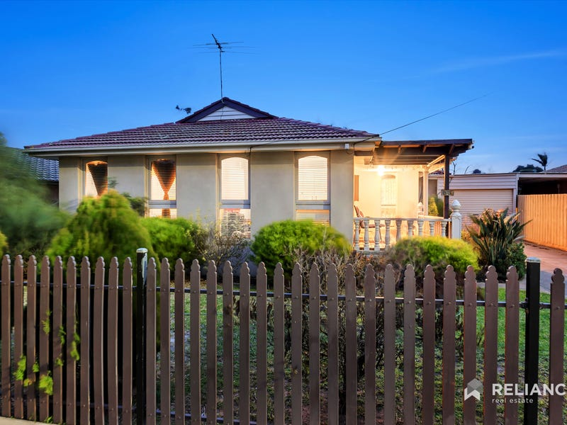 30 Woodville Park Drive, Hoppers Crossing