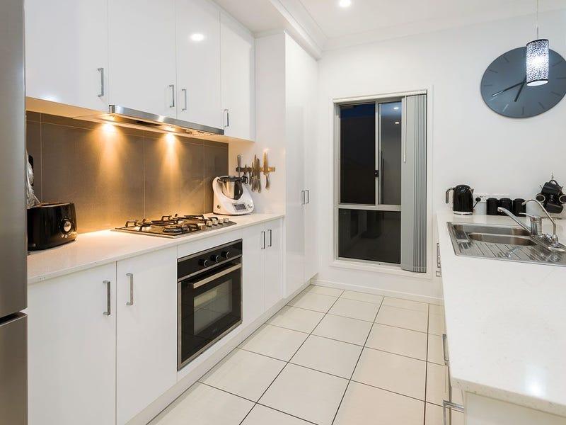 18 Turner Crescent, Ormeau Hills, Qld 4208