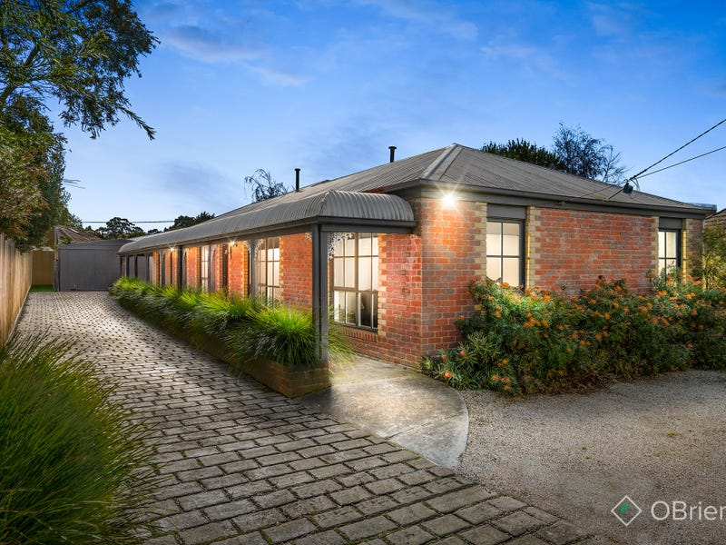 3 Carnaby Court,, Somerville, Vic 3912