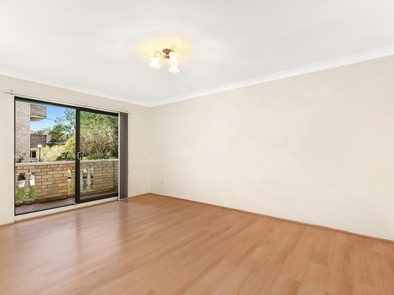 12/17 Sherbrook Road, Hornsby