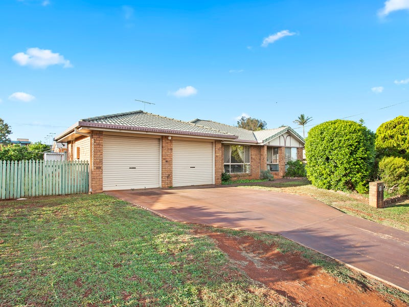 7 Prowse Street, Rockville, Qld 4350