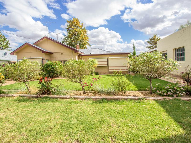 114 Yapunyah Street, Barellan, NSW 2665