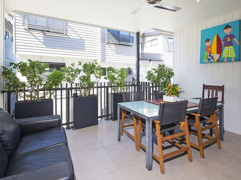 15/8 Clive Street, Annerley