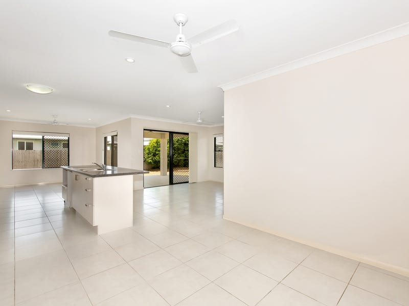 7 Epping Way, Mount Low, Qld 4818