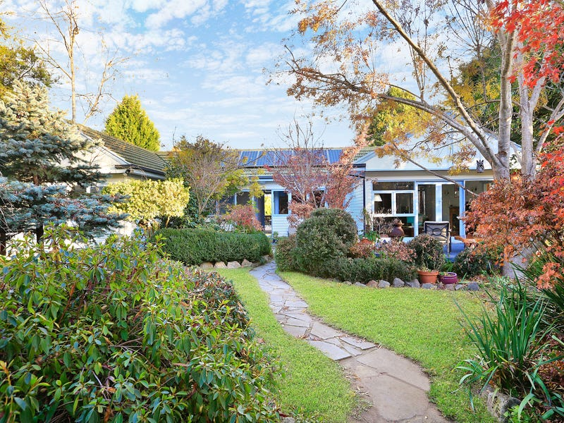 12 Sunset Point Drive, Mittagong