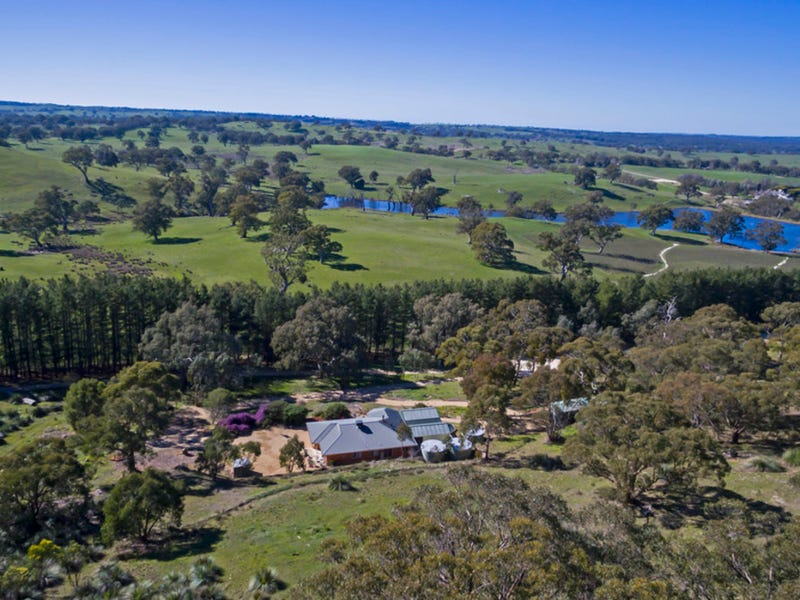 259 Blockers Road, Williamstown, SA 5351