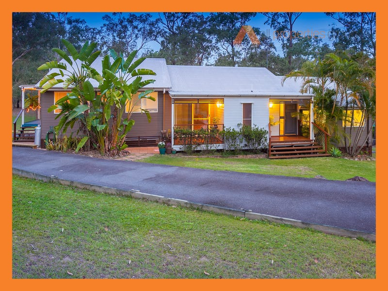 24 Kingfisher Rd, Greenbank