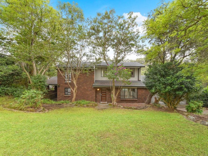 15 Gleneagles Crescent, Hornsby