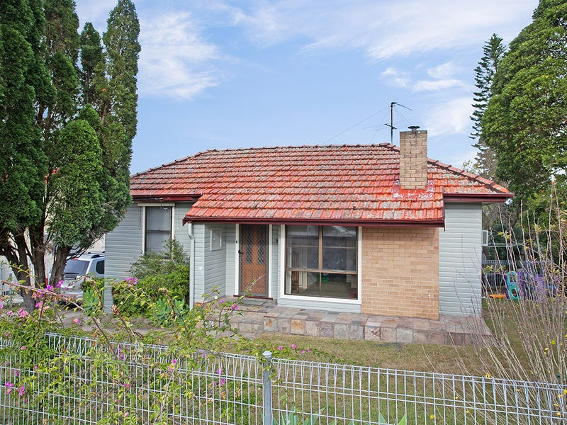 8 Pearson Street, Rutherford