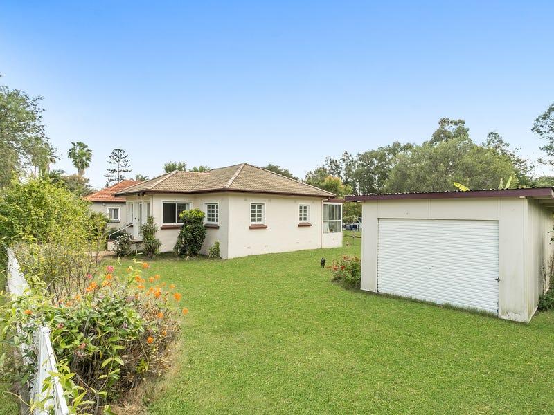 124 Goodwin Terrace, Moorooka