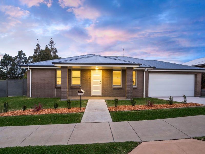 14 Chitambo Street, Macquarie Hills, NSW 2285
