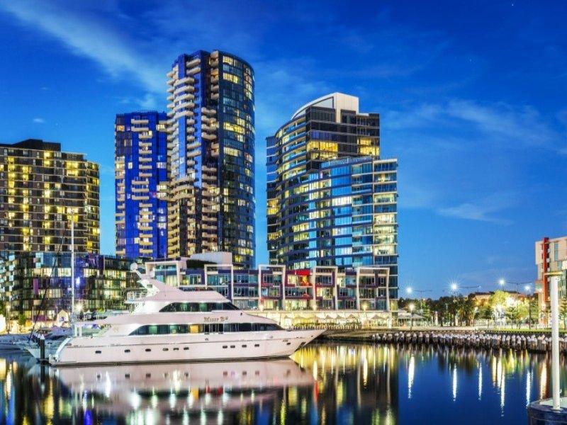 S2404/231 Harbour Esplanade, Docklands