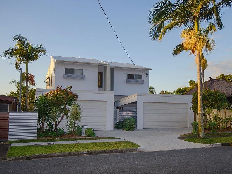 21a Kiers Road Miami Qld 4220 Property Details
