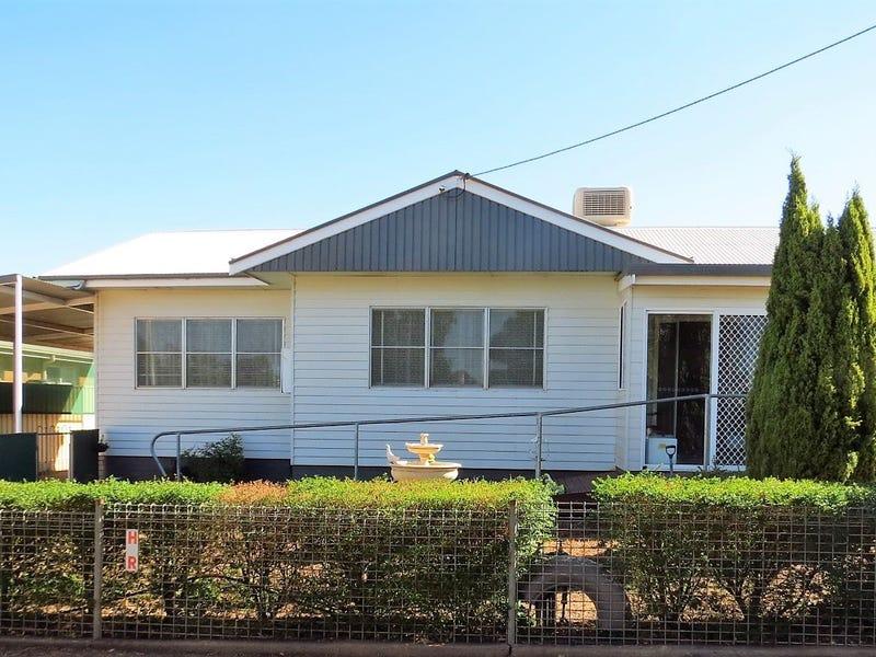 28 Victory Streeet, West Wyalong, NSW 2671