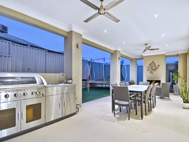 Outdoor living design with bbq area from a real Australian ... on Aust Outdoor Living id=33088
