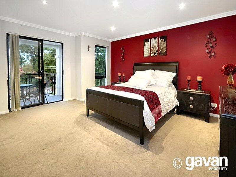 Modern bedroom design idea with carpet & sliding doors ...