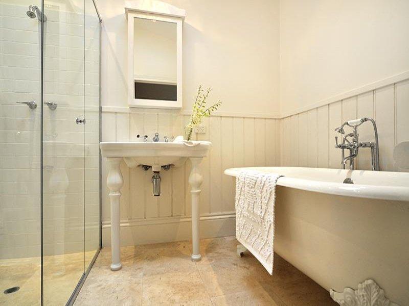 Pretty Period Bathrooms Contemporary - Bathroom with Bathtub Ideas .