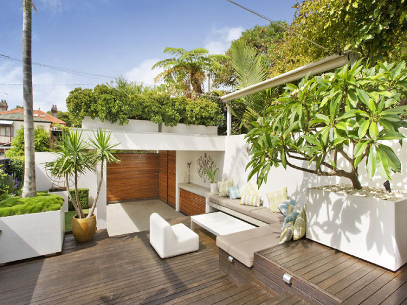 Outdoor living design with deck from a real Australian ... on Aust Outdoor Living id=20391