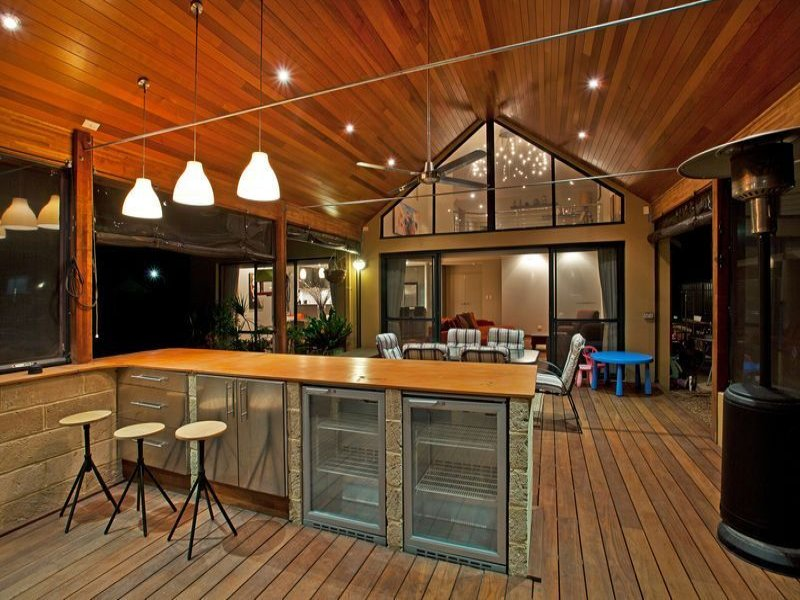 Outdoor living design with bbq area from a real Australian ... on Aust Outdoor Living id=42077