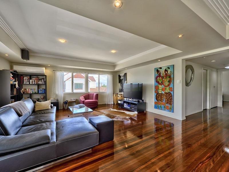 Home Living Australia - Design Decoration